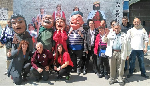 Visita d'usuaris d'una secció de l'Associació Alba.