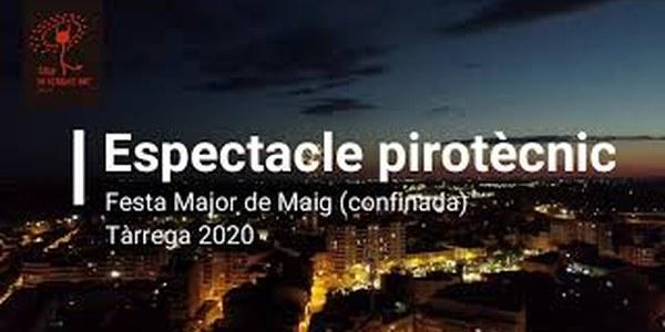 Un espectacle pirotècnic visible des de tota la ciutat acomiada la Festa Major confinada de Tàrrega